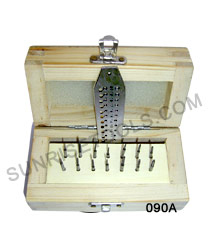 Screw Plate in Wooden Box